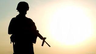 Soldat, Schattenriss