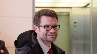 Marco Buschmann auf der Fraktionsebene im Deutschen Bundestag