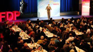 Christian Lindner spricht in Dingolfing. Bild: Presse & PR Melis