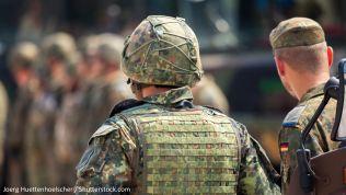 Bundeswehrsoldaten. Bild: Joerg Huettenhoelscher / Shutterstock.com