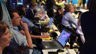 Medienvertreter beim FDP-Bundesparteitag in Berlin