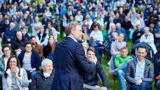 Christian Lindner spricht vor großem Publikum