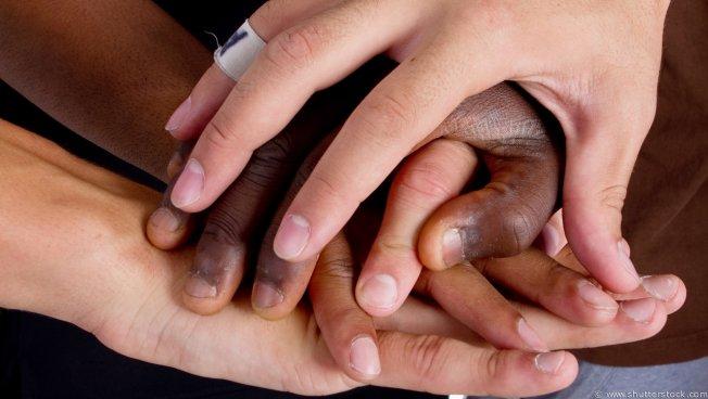 Hände: Integration auf Basis der Grundrechte