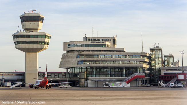 Die FDP kämpft für den Weiterbetrieb des Flughafens Tegel. Bild: bellena / Shutterstock.com