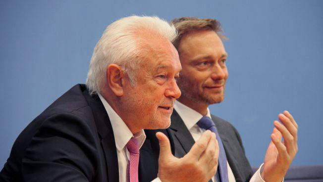 Wolfgang Kubicki und Christian Lindner vor der Bundespressekonferenz