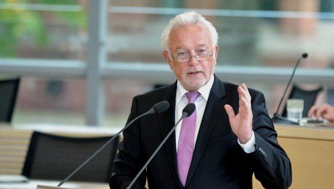 Wolfgang Kubicki spricht vor dem Landtag