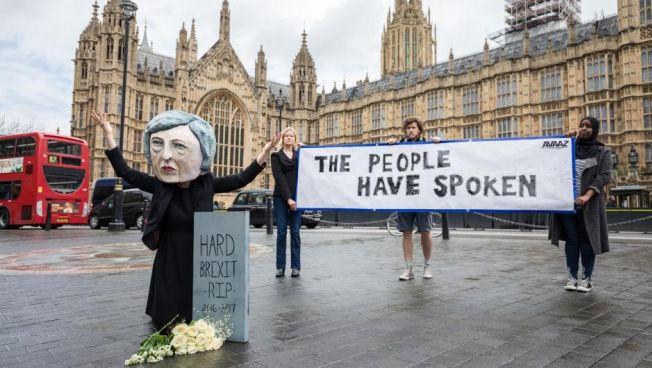 Theresa May hat kein klares Mandat für die Brexit-Verhandlungen. Bild: flickr.com/avaaz, CC0 Public Domain