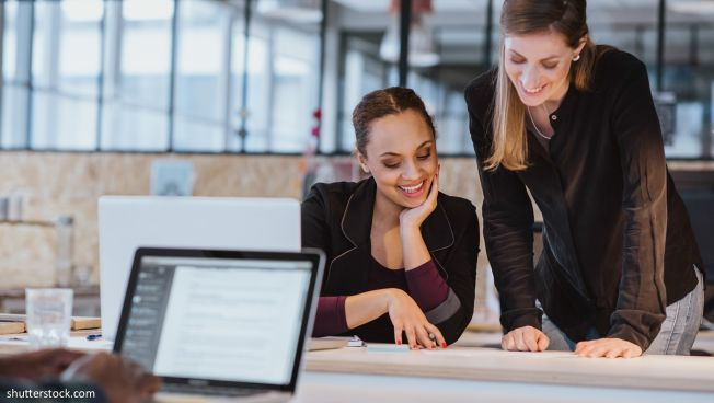 Frauen in Büro