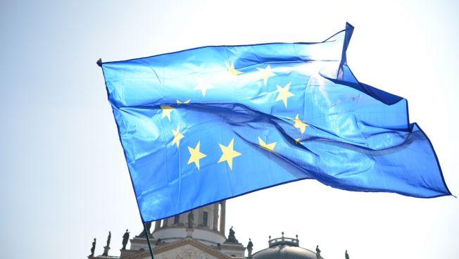 Pulse of Europe auf dem Berliner Gendarmenmarkt. Bild: Caitlin Hardee