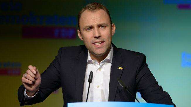 Sebastian Czaja und die FDP-Fraktion Berlin kämpfen für die Rettung von Tegel