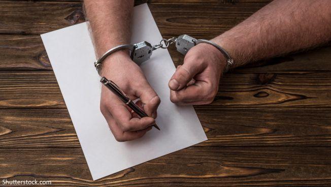 Deniz Yücel ist frei, die Lage der Grundrechte in der Türkei bleibt aber düster. Symbolbild: Shutterstock.com