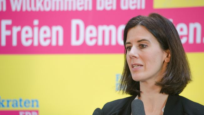 Katja Suding sieht Verbesserungsbedarf bei der Vereinbarkeit von Familie und Beruf