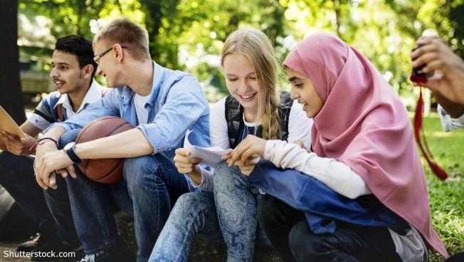 Die FDP erwägt, ob und wie der Staat beim Thema Kopftuch eingreifen muss
