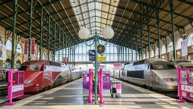 Züge in Paris. Bild: CC0 Pixabay.com / bogitw