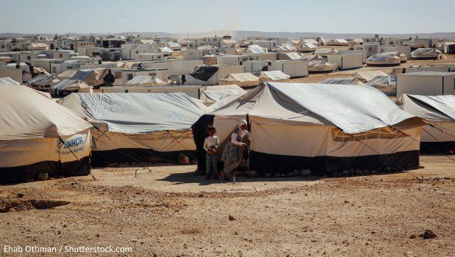 Syrische Flüchtlinge im jordanischen Lager Zaatari. Bild: Ehab Othman / Shutterstock.com
