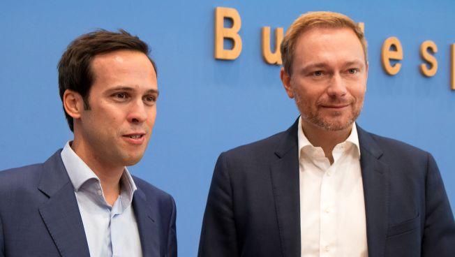 Martin Hagen und Christian Lindner vor der Bundespressekonferenz
