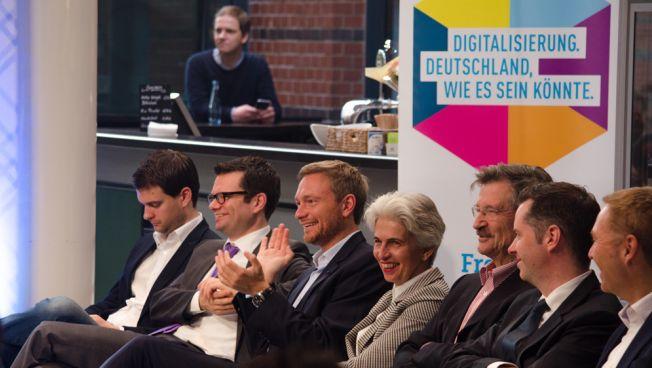 FDP-Bundesvorstandsmitglieder auf dem Freiheitskonvent in Berlin