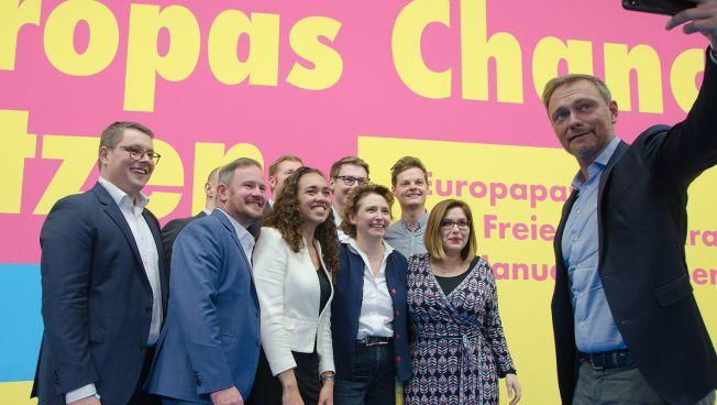 Gruppenbild EU-Kandidaten