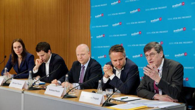 Podium: Anett Witte, Johannes Vogel, Michael Theurer, Andreas Peichl und Karl-Heinz Paqué