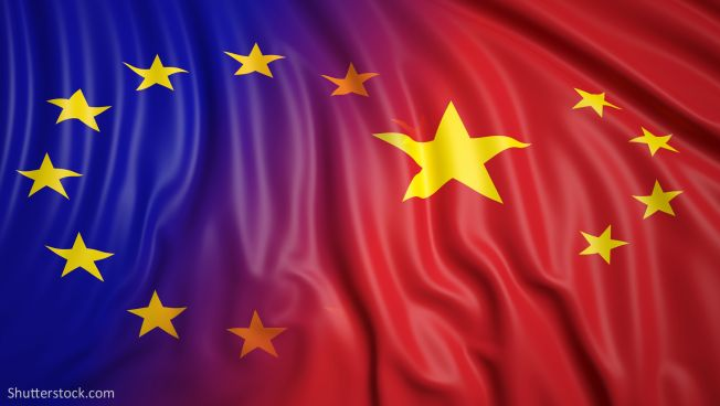 EU-China-Flaggen