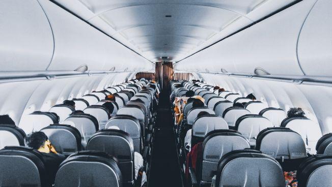 Flugzeug, Sitze, Gang, Fliegen, beinfreiheit,