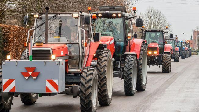 Traktoren-Konvoi