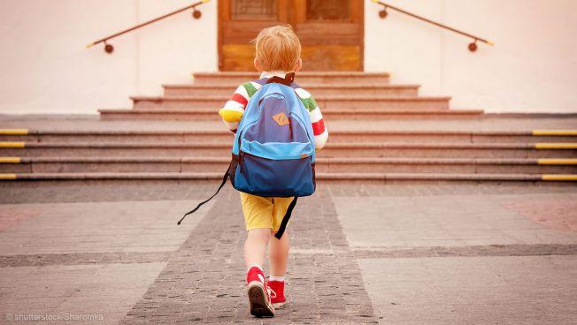 Kind, Schulrucksack, Schule