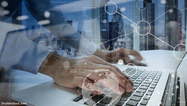 Digitalisierung, Laptop, Hand