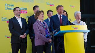 Freude in der Berliner Parteizentrale