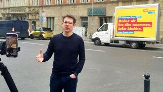 FDP-Bundesgeschäftsführer Marco Mendorf vor dem Hans-Dietrich-Genscher-Haus
